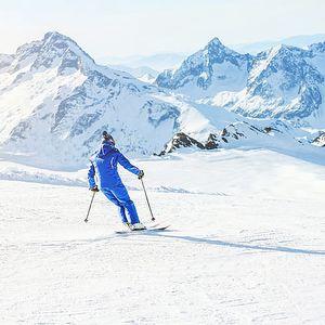 Lyžování v Alpách: Tipy, kam se vydat za sněhem