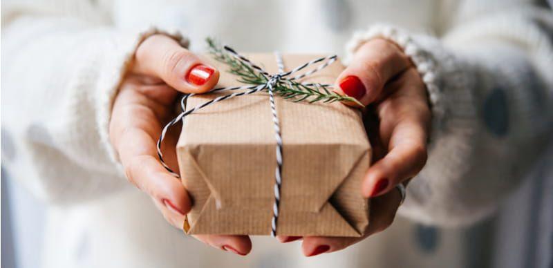 Vánoční Skrz Tip: Čím obdarujete nejlepší kamarádku?